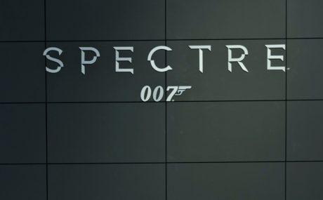 Spectre Bond film accident