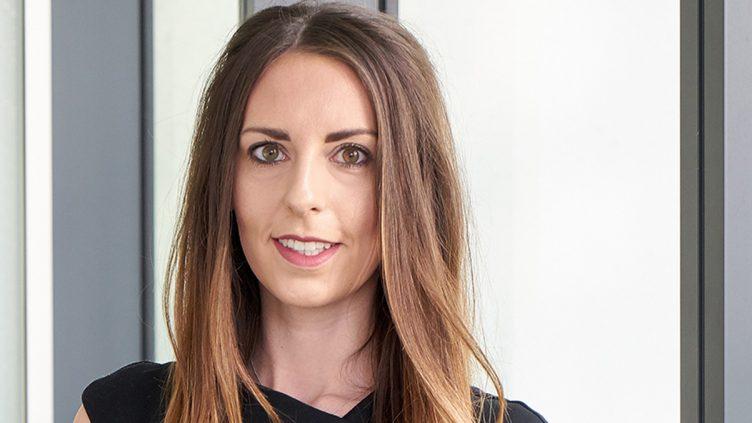 Laura Weir - Associate, Clinical Negligence - Stewarts