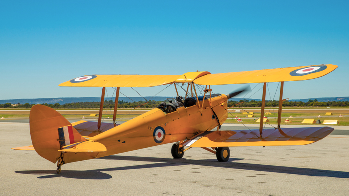 DH82A - de Havilland Tiger Moth
