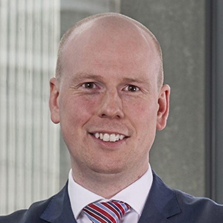Andrew Robson - Senior Associate, Commercial Litigation - Stewarts