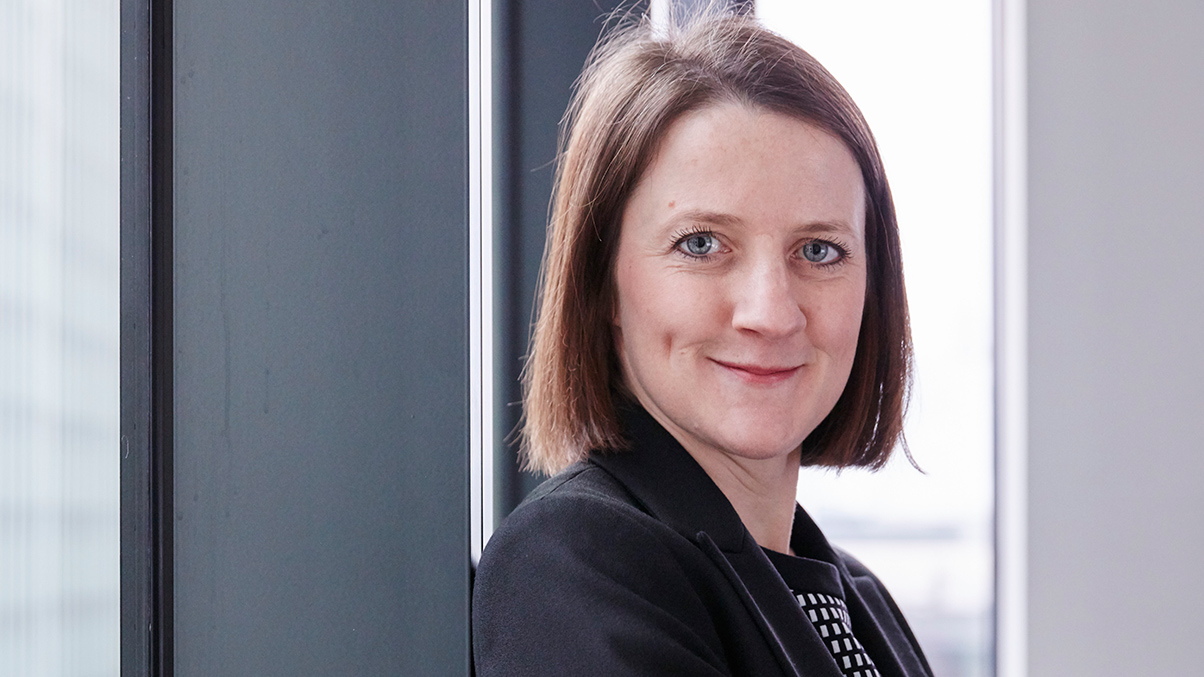 Lucy Ward Partner Commercial Litigation and Securities Litigation