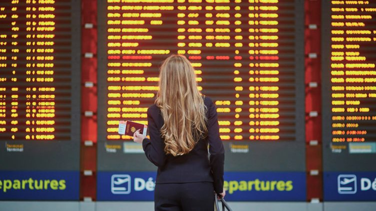 Travel-delay-cancel-aviation-airport