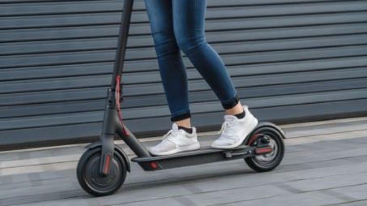 e-scooter on street optimised