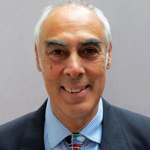 Mr Julian Shah, Consultant Urological Surgeon